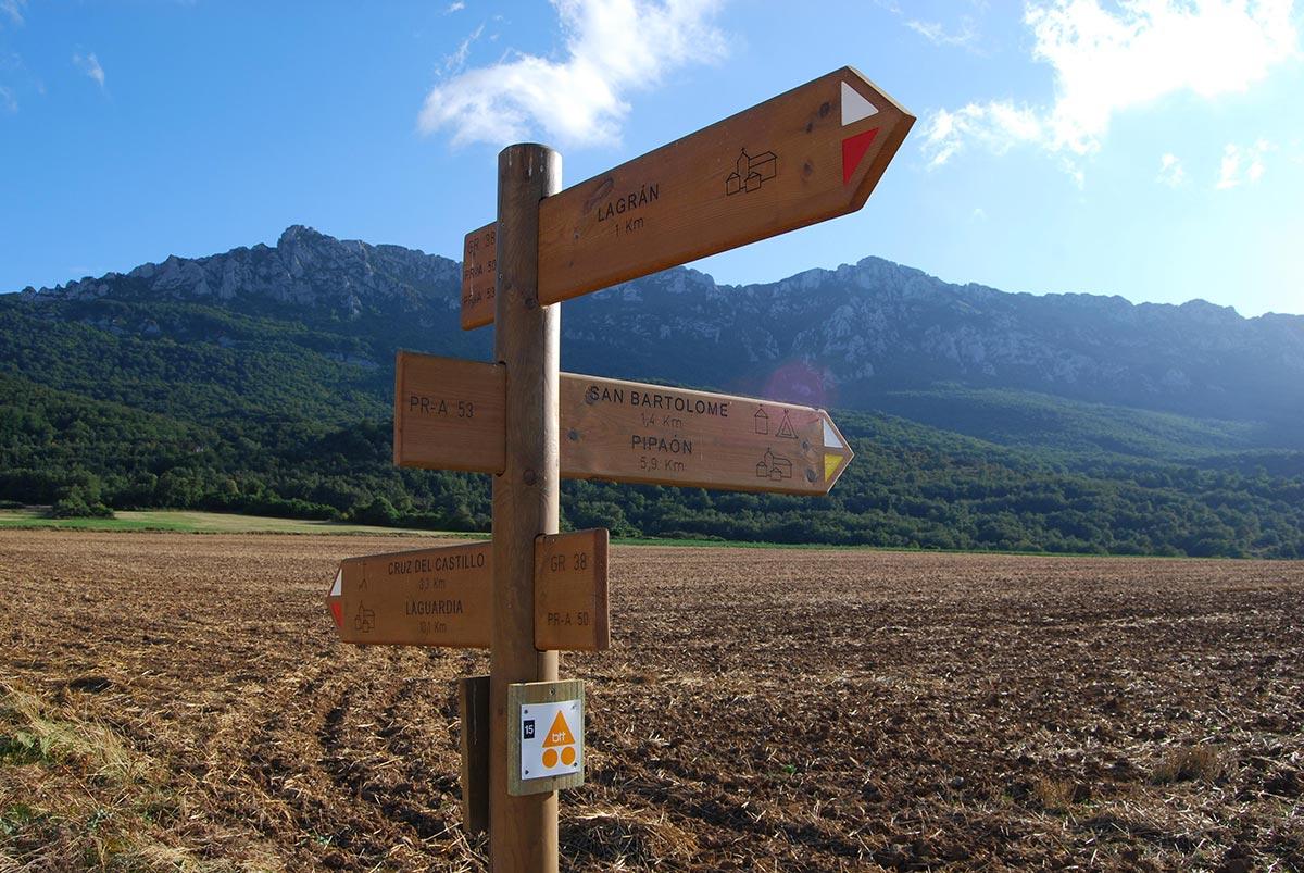 GR38 Senderismo Rutas Montaña Alavesa